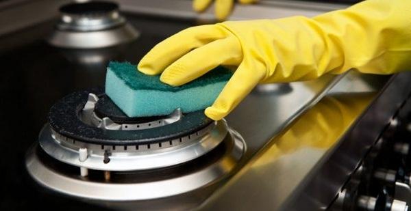чистка конфорок газовой плиты