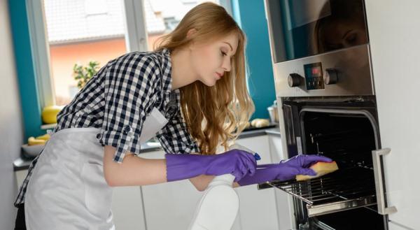 этапы чистки духовки