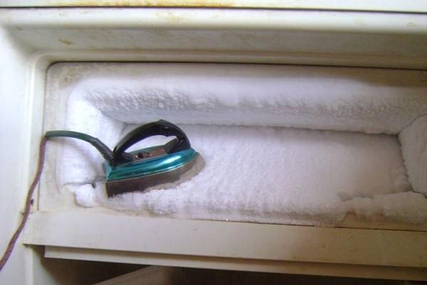 как нельзя размораживать холодильник