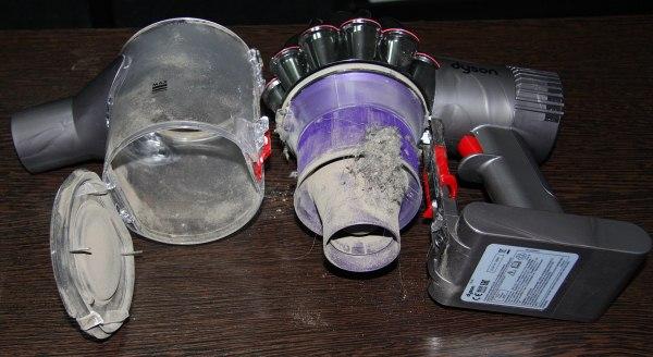 чистка пылесоса внутри и снаружи