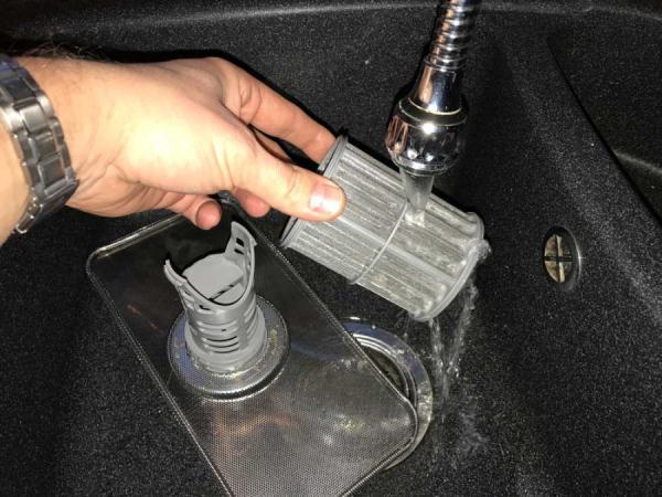 чистка сетчатого фильтра посудомойки