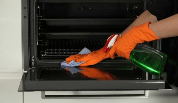 как помыть стекло в духовке