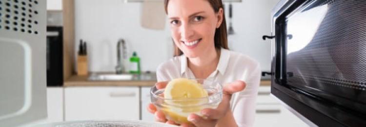Простые рецепты, как почистить микроволновку лимоном в домашних условиях за 5 минут