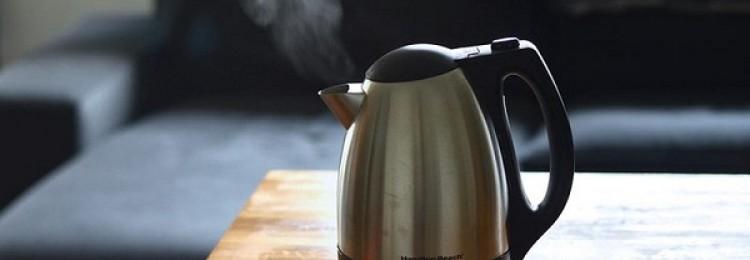7 простых рецептов, как очистить электрочайник в домашних условиях