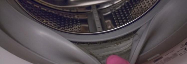 Профессиональные и народные средства, как почистить резинку в стиральной машине