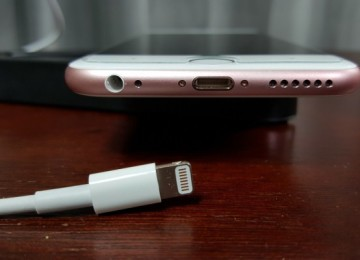 5 простых и эффективных способов, как почистить гнездо зарядки телефона в домашних условиях