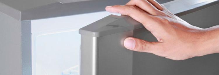 3 надежных рецепта, как убрать царапины с холодильника
