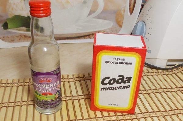 уксус и сода для чистки микроволновки